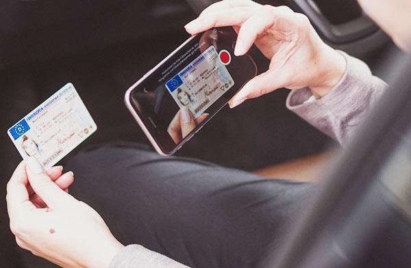 Führerscheinkontrolle mit LapID Driver App
