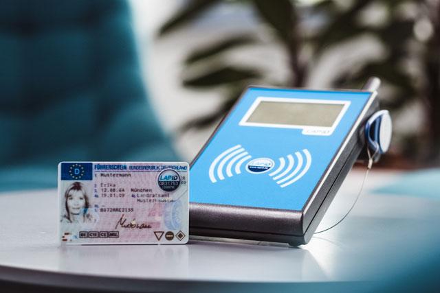 LapID RFID Prüfsiegel und Prüfstation